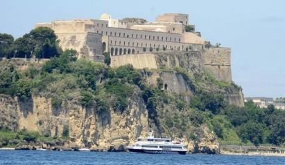 castello-lato-mare1_8g1b09yo