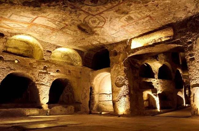 catacombe-di-san-gennaro-napoli