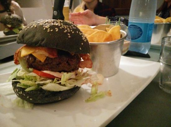 26-hamburger-delicious
