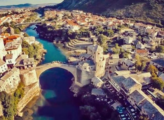 Mostar-and-Pocitelj-day-trip-from-Makarska-Riviera-3-17394.png