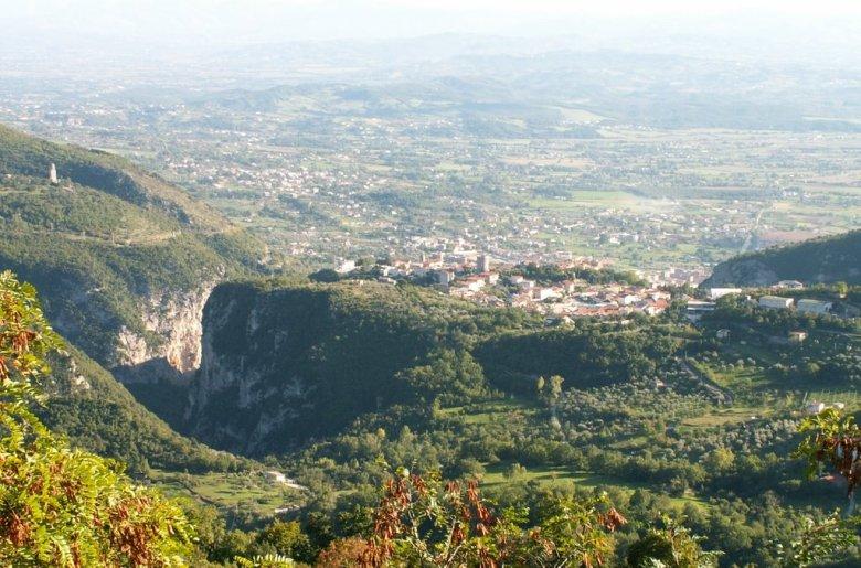 castello-del-matese-panorama.jpg