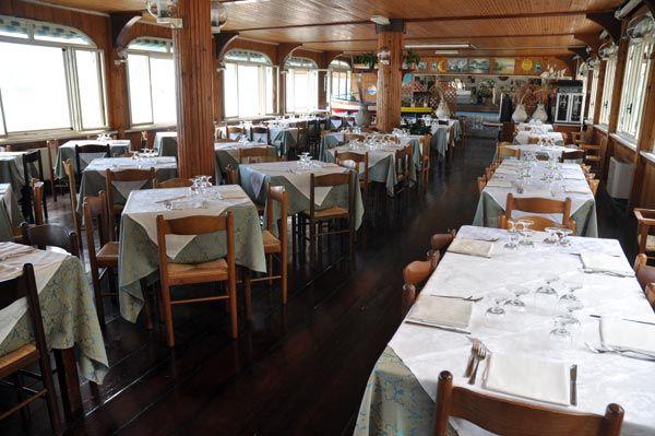 ristorante_nettuno_maiori_sala