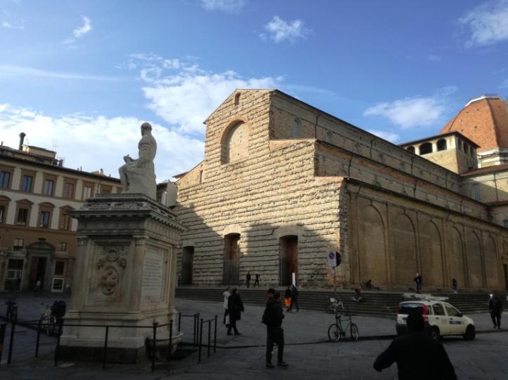 Basilica San Lorenzo, facciata.