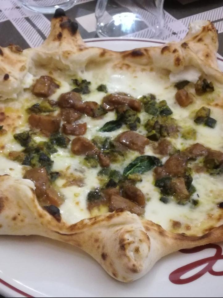 Pizza di Attilio alla pignasecca
