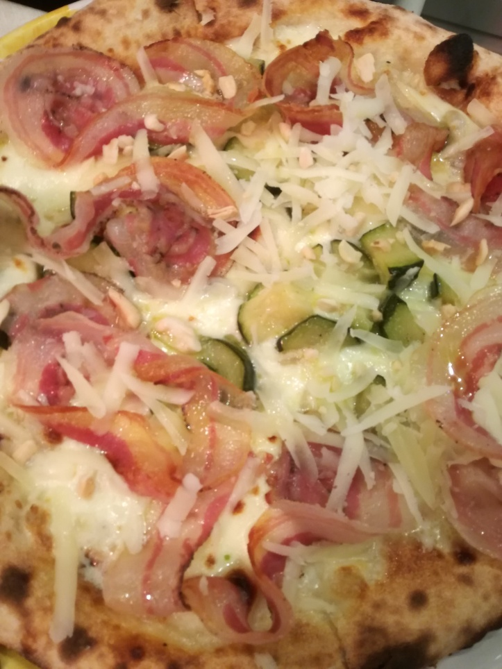 La pizza di Sal De Riso a Minori
