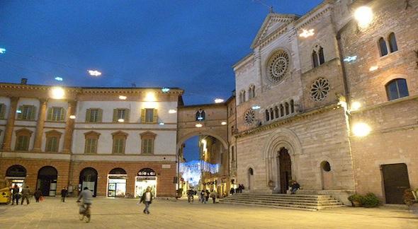 Foligno-Piazza-della-Repubblica