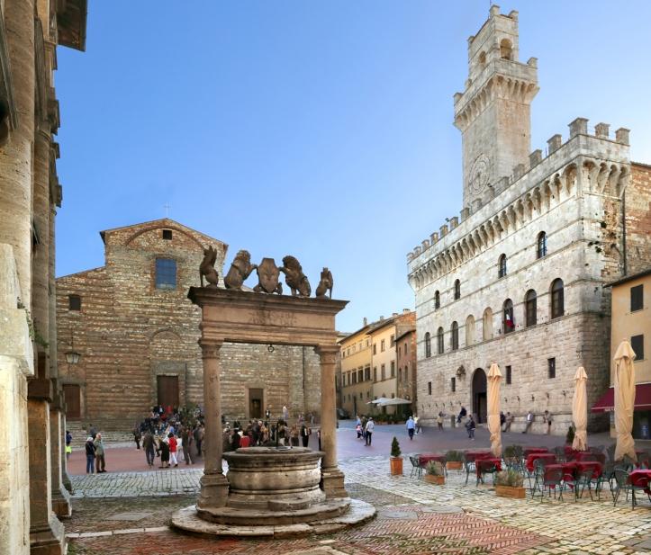 montepulciano_piazza_grande