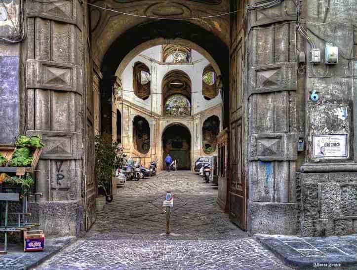Palazzo-Sanfelice-Napoli